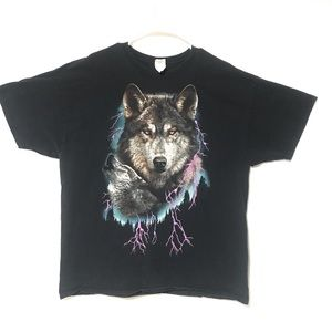 Vintage Wolves graphic t shirt